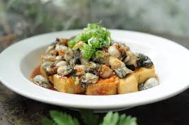 Photo of tasty oysters as zinc-rich foods by The Healthy RD