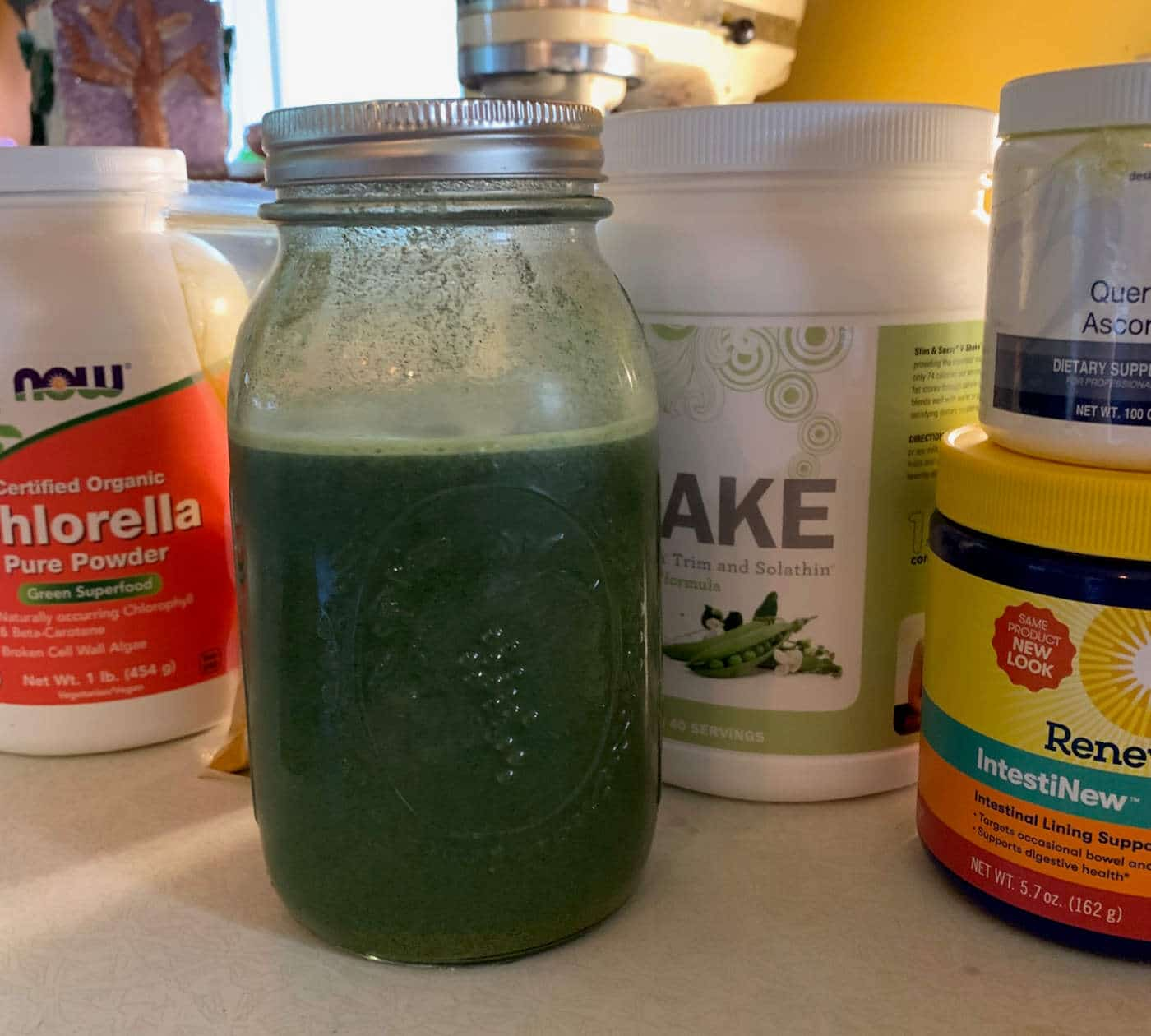 Liver detoxification smoothie with chlorella powder by The Healthy RD