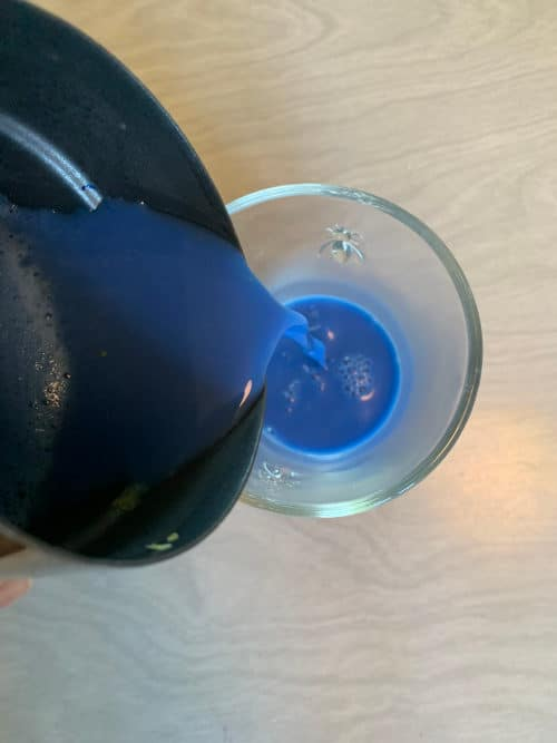Making a blue spirulina latte by The Healthy RD