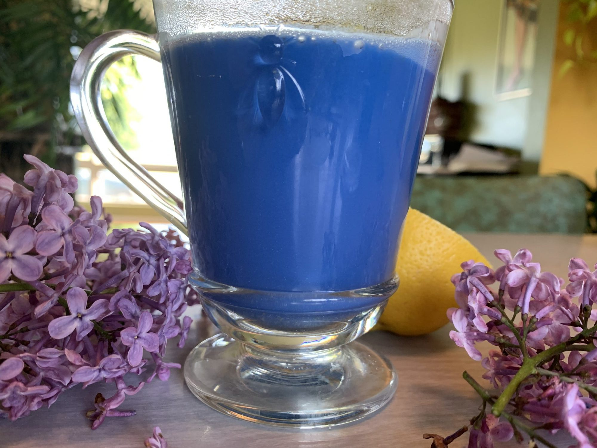 Blue spirulina latte by The Healthy RD